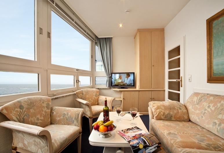Strandhotel Monbijou, Sylt, Suite, Balkon, eingeschränkter Meerblick, Wohnzimmer