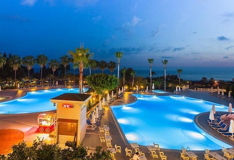 Iz Flower Side Beach Hotel - All Inclusive, Side, Vonkajší bazén