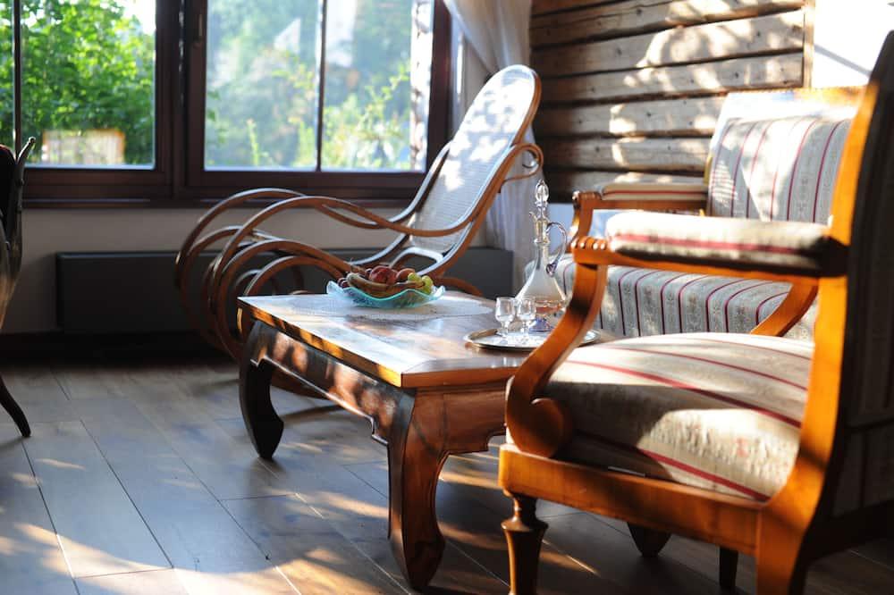 Romantik-alpehytte - 1 soveværelse - udsigt til have (DOMEK) - Stue