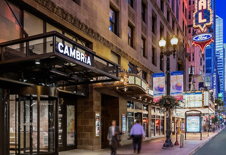 Cambria Hotel Chicago Loop - Theatre District, Chicago, Hotellets front