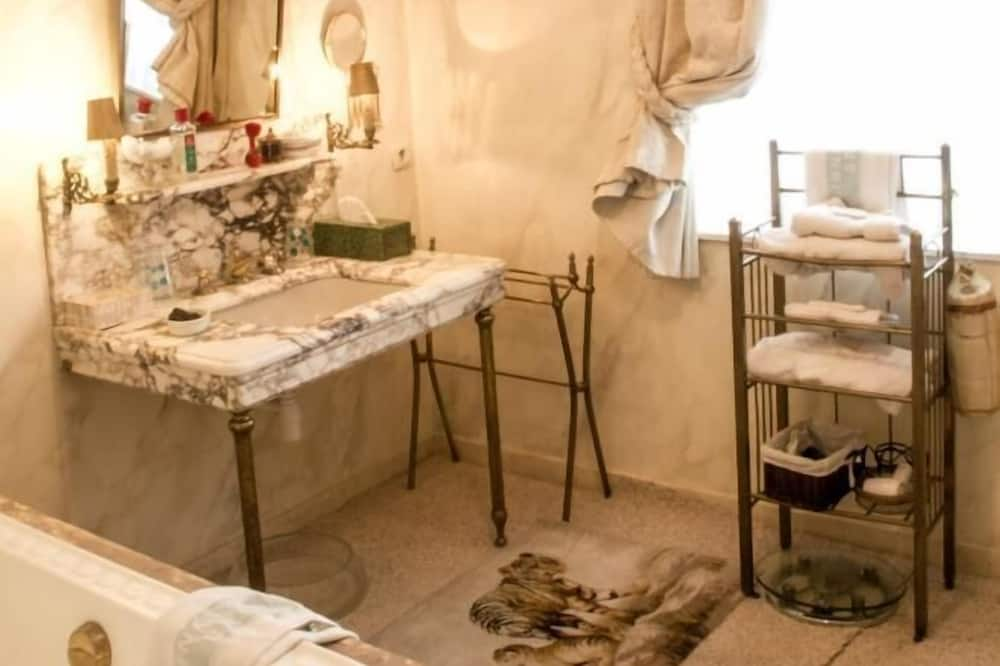 Panorāmas luksusa numurs - Vannasistaba
