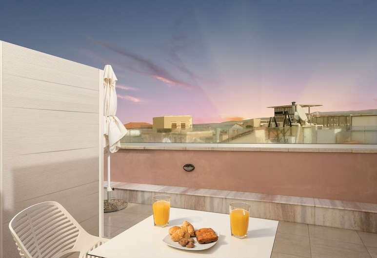 Consolato Boutique, Chania, Petit Room with Terrace and Panoramic View, City View