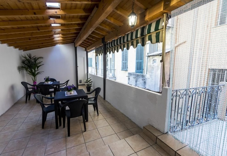 Cavour Guest House, Ventimiglia, Basic Double Room, 1 Bedroom, Terrace/Patio