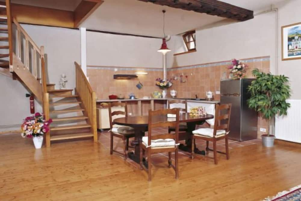 Cottage Chateau Gite 2 - In-Room Dining