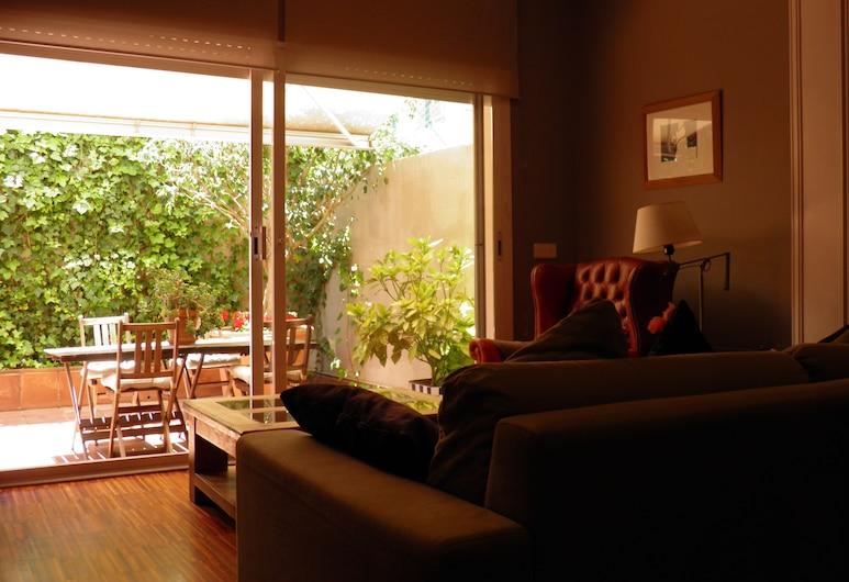 Suitur Courtyard House, Barcelona, Apartemen Superior, 4 kamar tidur, akses difabel, area halaman, Ruang Keluarga