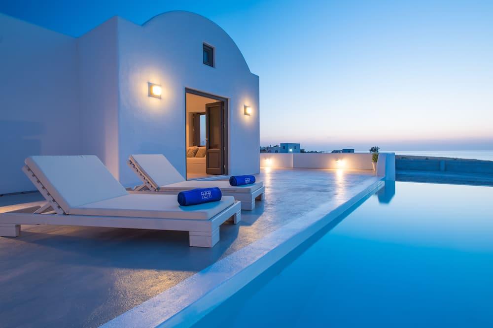 Luxury villa, privaatbasseiniga, vaade merele - Bassein