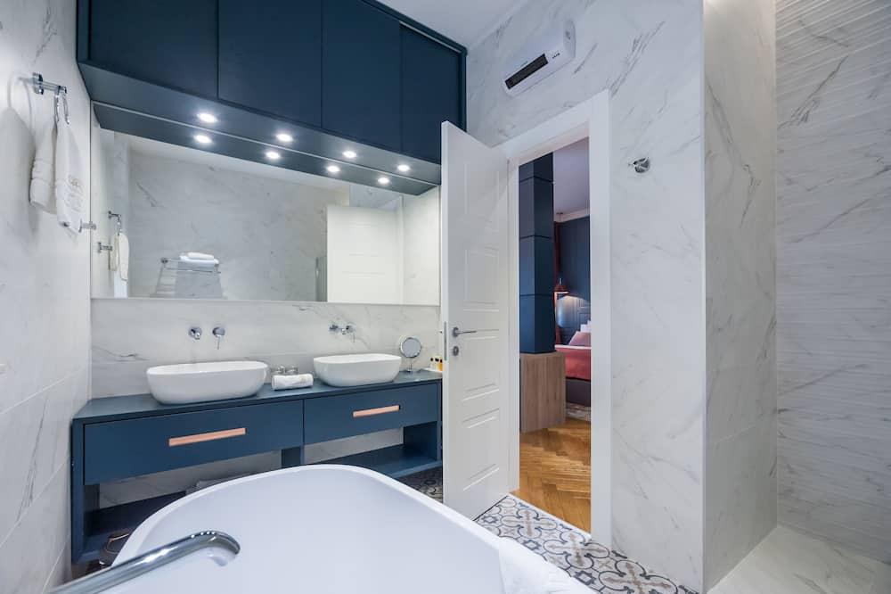 Apartament typu Deluxe Suite, widok na morze - Łazienka