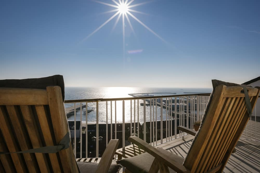 Double Room, Sea Facing - Balcony