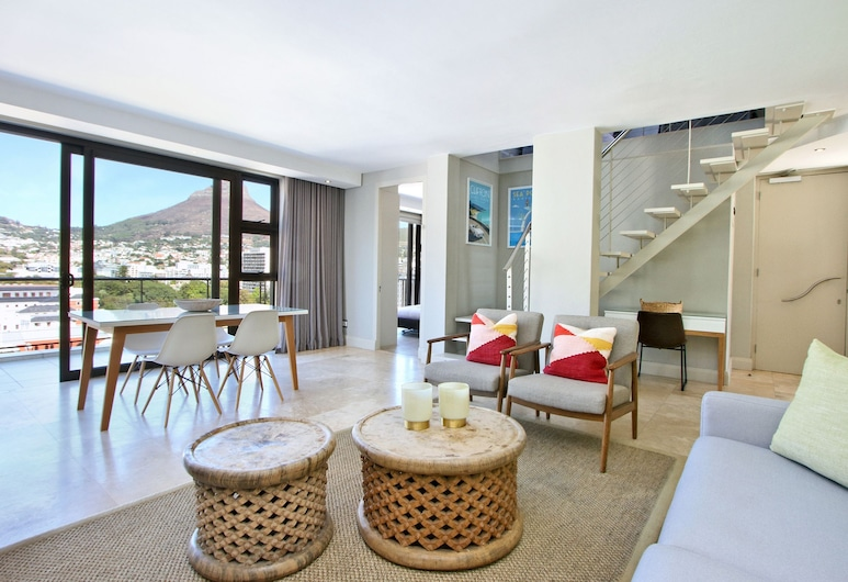ITC Hospitality Group Penthouse 2 Bedrooms Piazza On Church Square, Cape Town