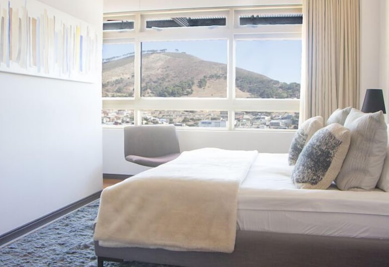 ITC Hospitality Group Penthouse 2 Bedrooms Cartwright s Corner, Cape Town, 2 Bed Penthouse - Stefano, Room