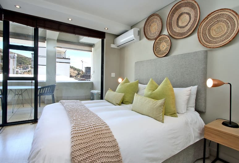 ITC Hospitality Group One Bedrooms The Decks Building, Cape Town