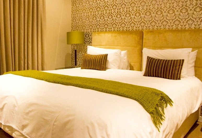 ITC Hospitality Group One Bedrooms Market House Greenmarket Square, Cape Town