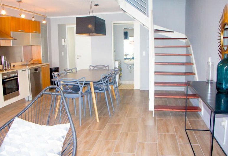 ITC Hospitality Two Bedroom Family Suite in Green Market Place, Cape Town