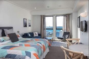 Auckland bölgesindeki Sea View Studio resmi