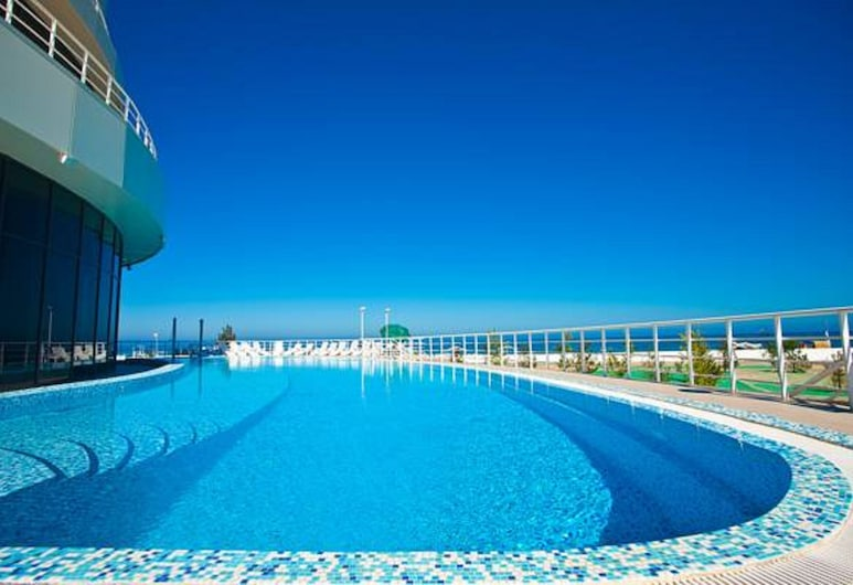 Black Sea Golden Bugaz Apartments, זטוקה, בריכה חיצונית