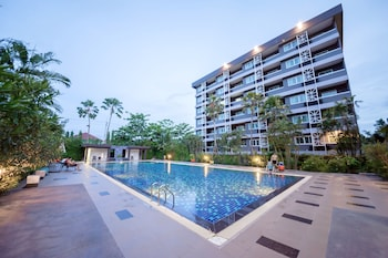 Picture of Phanhin Regent Hotel and Residence in Si Racha