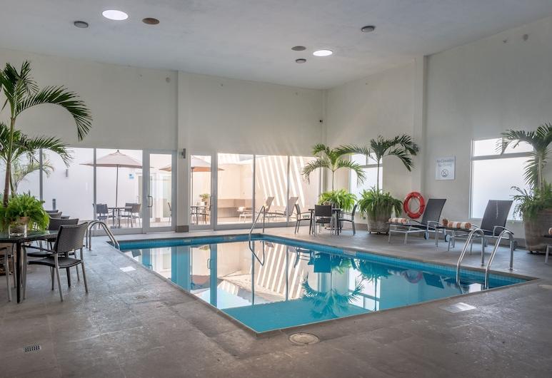 Holiday Inn Express & Suites Silao Aeropuerto - Terminal, Silao, Pool