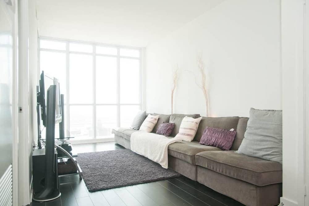 Condo, 1 Bedroom, Pool Access, City View - Living Area