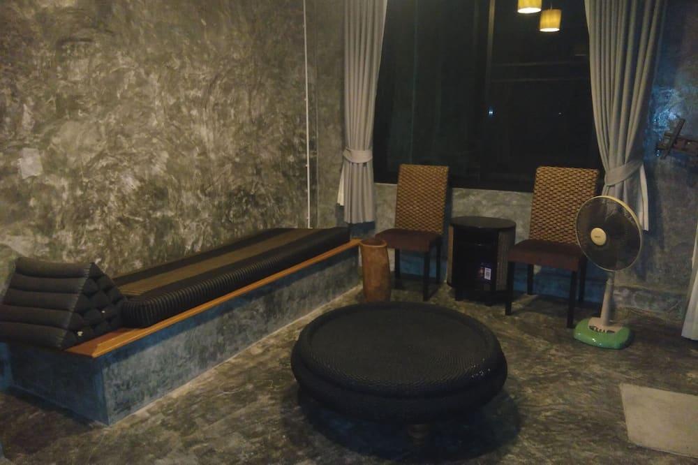 Villa C (2 Bedrooms) - 客廳