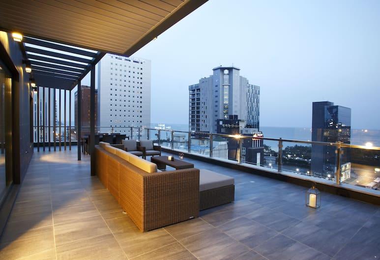 伊斯頓灣酒店, 釜山, 家庭頂層客房, 2 張加大雙人床, 海景, 客房