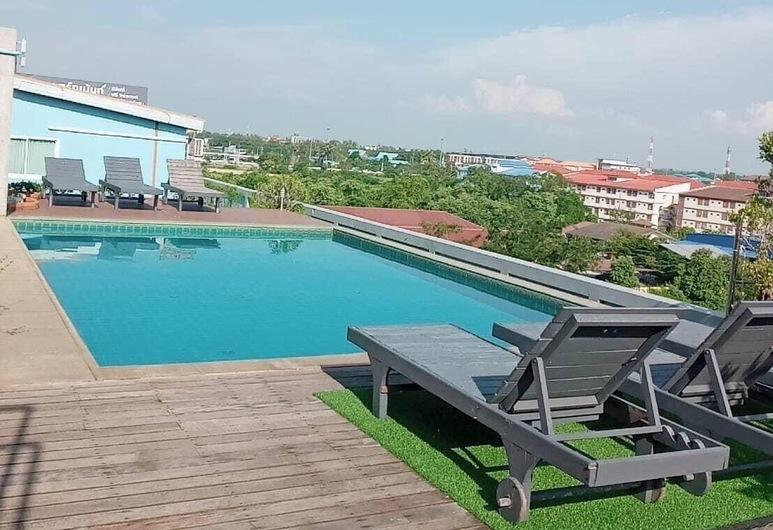 Ananya Residence Service Apartment, Chonburi, Bazén na streche