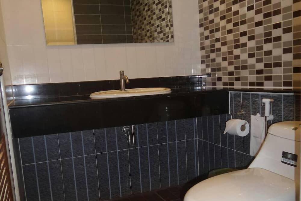 Standard Room - Double bed - Cuarto de baño