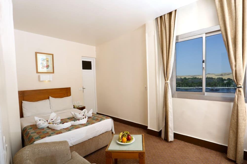Superior Room - Nile View - 部屋からの眺望