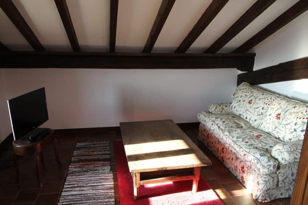 ห้องดับเบิล, เตียงคิงไซส์ 1 เตียง, วิวสวน (Special - 6) - พื้นที่นั่งเล่น