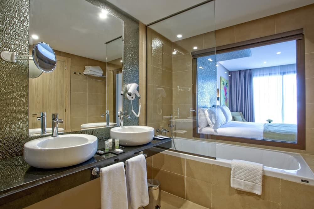 Lakosztály (for 2 persons) - Fürdőszoba