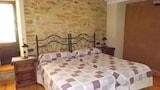Reserve this hotel in Santiz, Spain