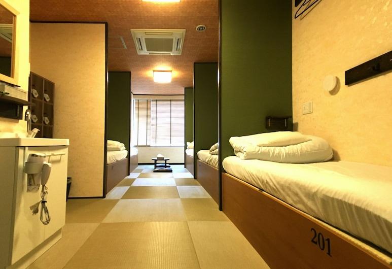 KHAOSAN WORLD RYOGOKU HOSTEL, Tokyo, Deluxe vierpersoonskamer, 1 slaapkamer, niet-roken, privébadkamer, Kamer