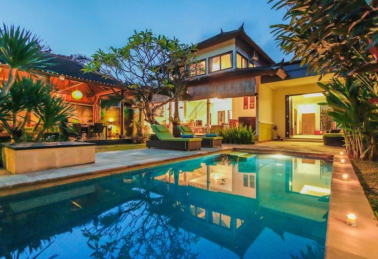 Villa Bali Caviar, Seminyak, Hồ bơi ngoài trời
