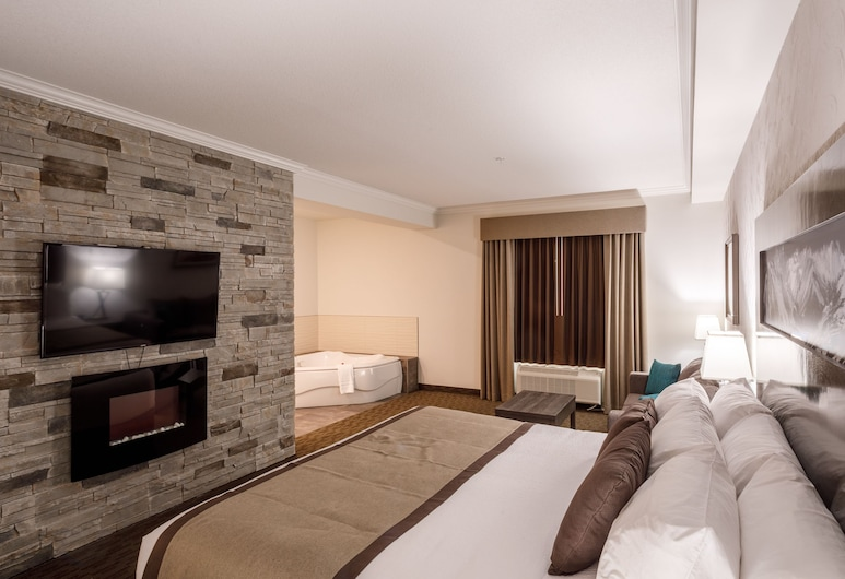 Ramada by Wyndham Revelstoke, Revelstoke, Suite, 1 King Bed, Non Smoking, Hot Tub, Guest Room