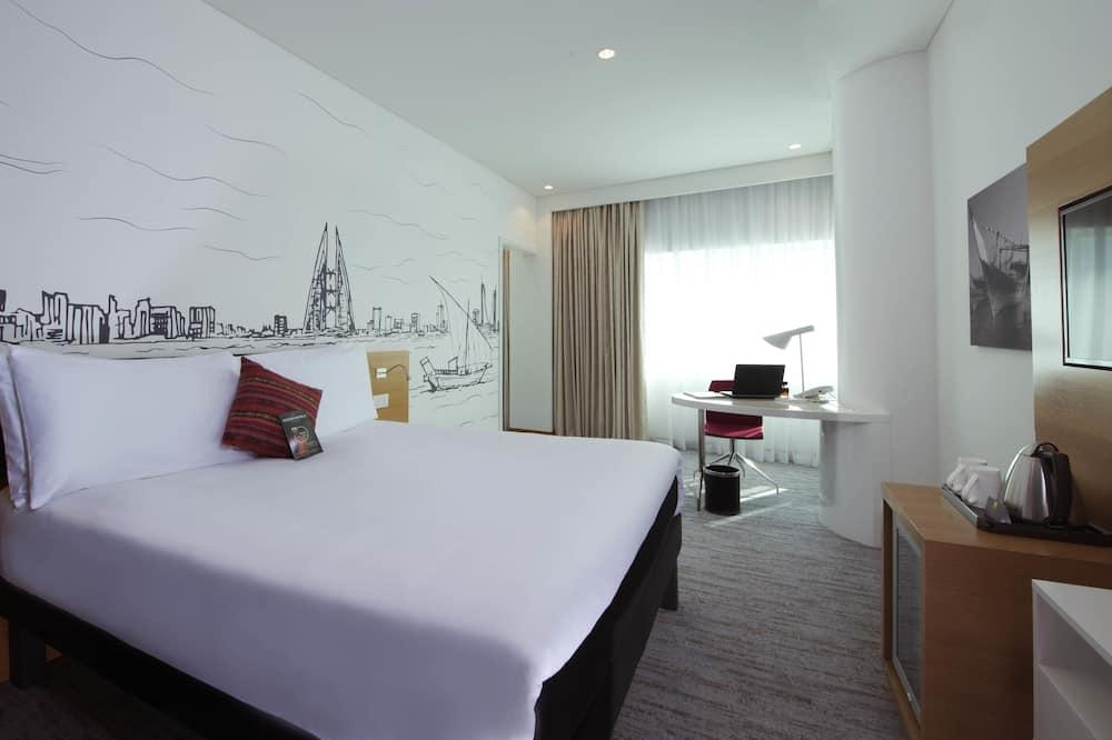 Улучшенный люкс, 2 односпальные кровати, вид на море - Вид на город