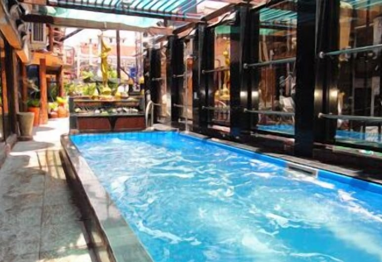 Penthouse Hotel - Adults Only, Pattaya, Indoor Pool