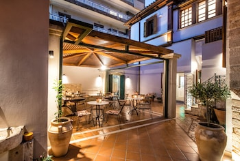 Фото Veneziano Boutique Hotel у місті Іракліон