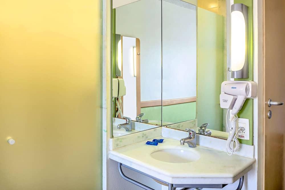 Superior Apartment, 1 Double Bed - Bathroom