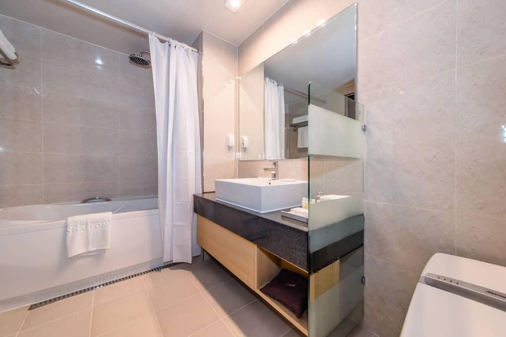 스탠다드 트윈룸 (산/바다 전망 선착순 배정) - 욕실