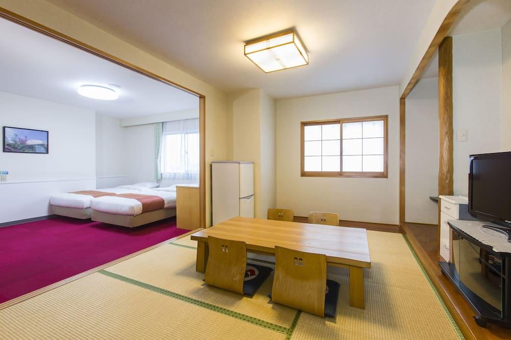 Habitación tradicional (Japanese Western Style, Family) - Sala de estar