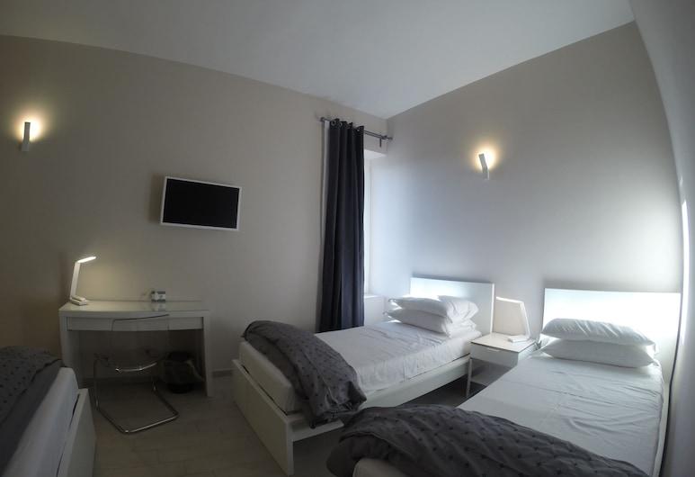 Up Hotel, Napoli, Deluxe - neljän hengen huone, Vierashuone