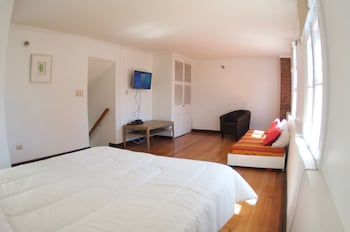 Choose This 3 Star Hotel In Valparaiso