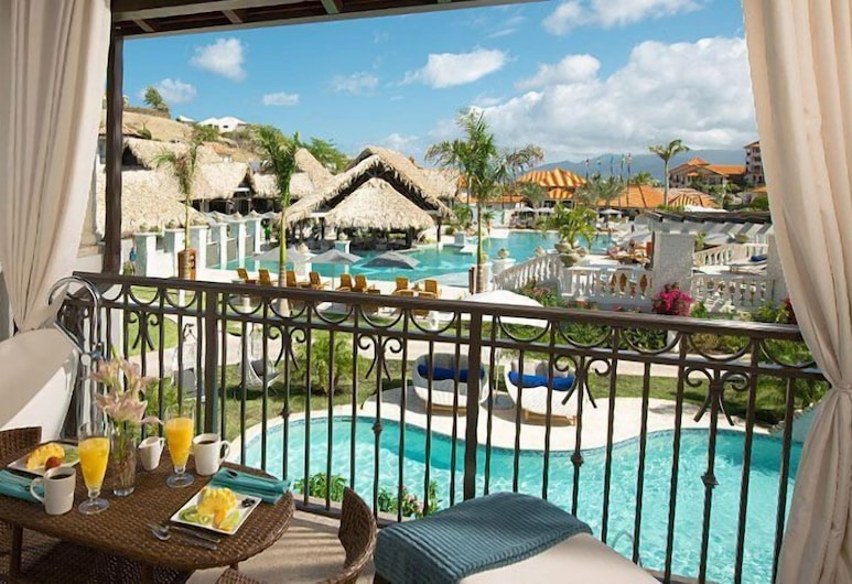 Sandals Royal Barbados - ALL INCLUSIVE Couples Only, Maxwell, South Seas Crystal Lagoon Club Level Junior Palm Suite w/ Balcony Tranquility Soaking Tub, Terrasse/Patio