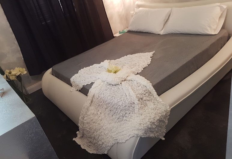 Glamour Spanish Steps, Rome, Deluxe Double Room, Guest Room