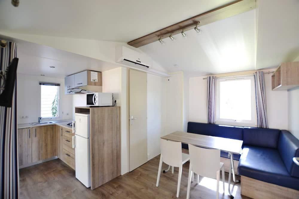 Bungalow, 2 Bedrooms (6 PAX) - Living Area