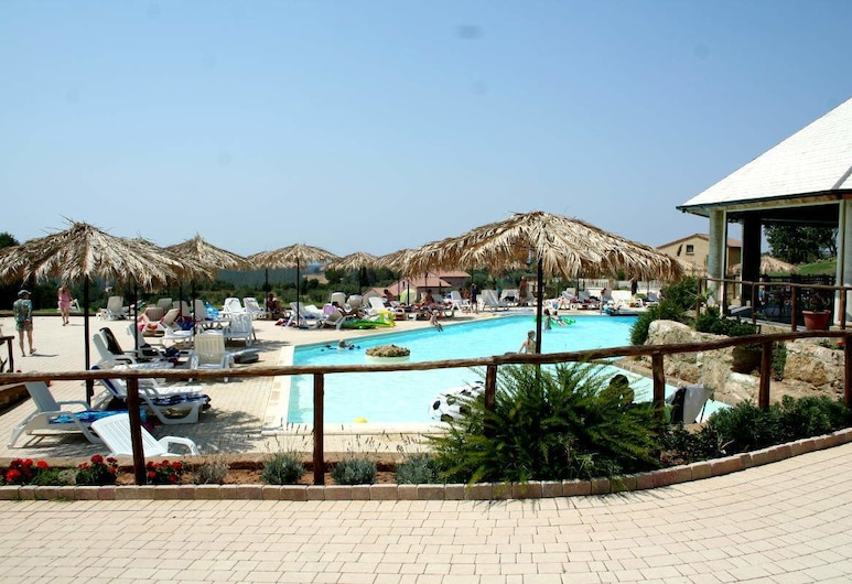 Borgo Felciaione, Riparbella, Outdoor Pool