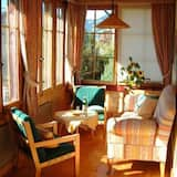 Faház, 5 hálószobával, terasz, kilátással a hegyre (2 Bathrooms) - Nappali rész