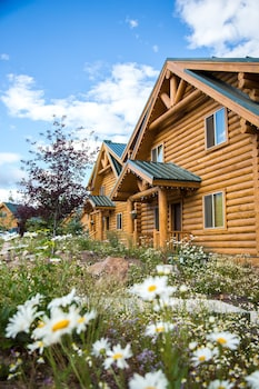 Cabins In Coalville