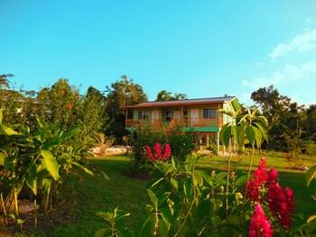 Picture of Juntos Conference & Cottages in Teakettle Village