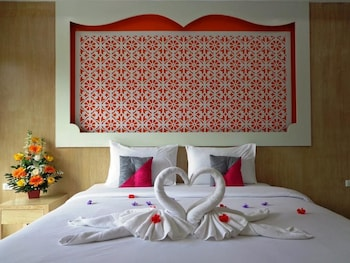 Picture of Red Sapphire Hotel in Patong