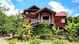 Book this Parking available Hotel in Mae Rim